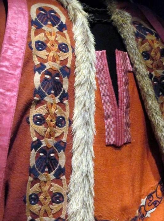 Detail of reconstructed dress from Mammen © Nation Museum in Copenhagen/B. S. Andersen
